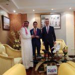 """brainstorming in Dubai per il secondo """"Free Travelers' Awards"""" dopo il grande successo della prima edizione. Con lo Sceicco Awad Mohammad Bin Mejren e Marino Cucca"""