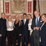 con Santo e Donatella Versace, Fabiana Giacomotti, Cristiana Schieppati, Mario Boselli e Barbara Vitti al Premio Milano per la Moda