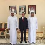 con Ebraheem Al Mahmood e Mohammed Helal Al Muhairi, Vicepresidente e Direttore Generale della Camera di Commercio di Abu Dhabi